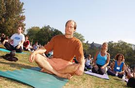 woody harrelson yoga